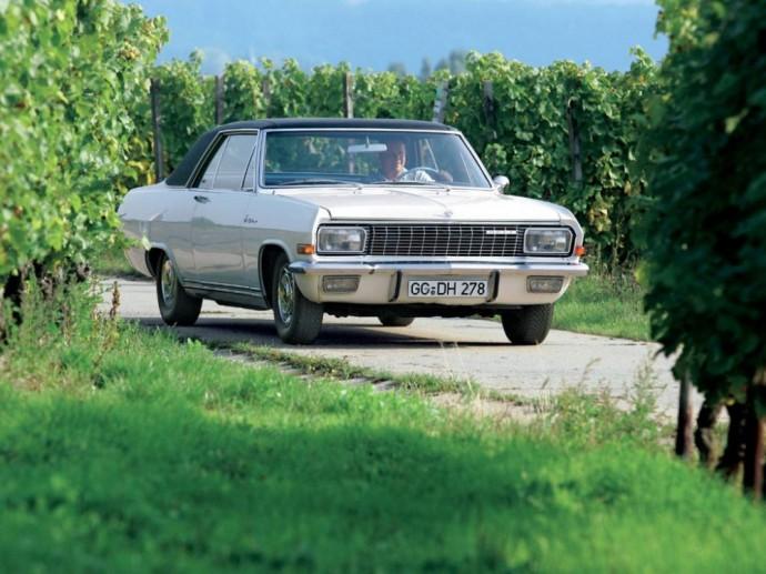 Opel Diplomat V8 kupė