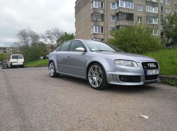 Automanų gatvė: Audi RS4