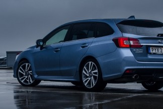 """""""Subaru Levorg"""" : Praktiškas universalas su """"WRX STI"""" genais"""