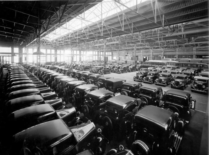 """""""Lingotto"""" - automobilių gamykla ant kurios stogo buvo lenktynių trasa (26)"""