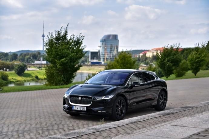 Jaguar I-Pace (3)