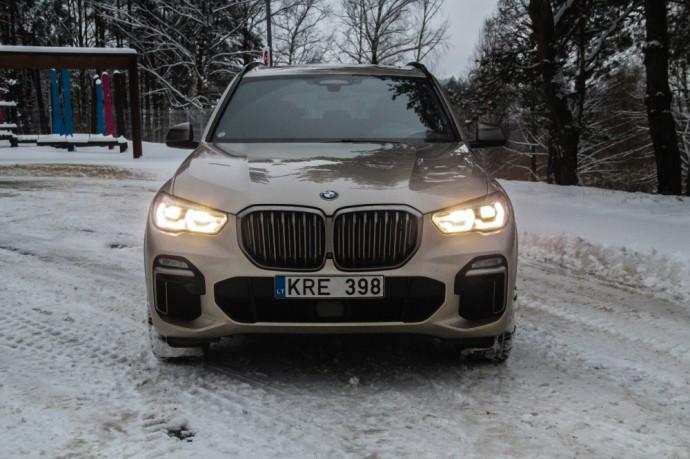 Naujos kartos BMW X5 M50d