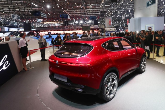 Alfa Romeo Tonale konceptas (13)