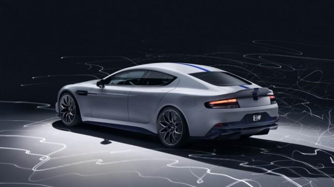 "Elektrinis ""Aston Martin"" – ""Rapide E"""