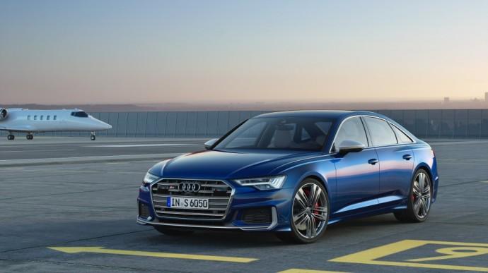 """Naujos kartos """"Audi S6"""" sedanas"""