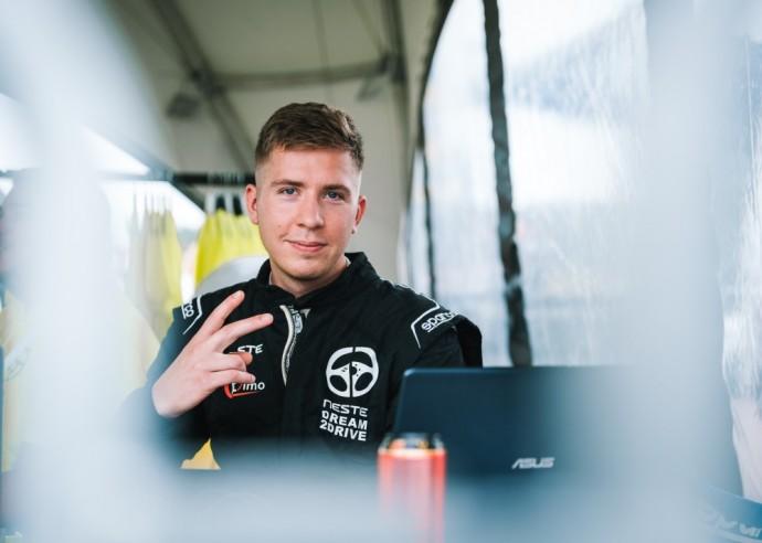 Virtualaus lenktynių čempionato nugalėtojas – Domantas Ladauskas