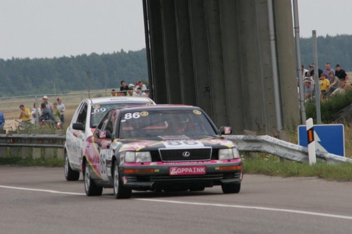 Akimirka iš 1000 kilometrų lenktynių – Lexus LS