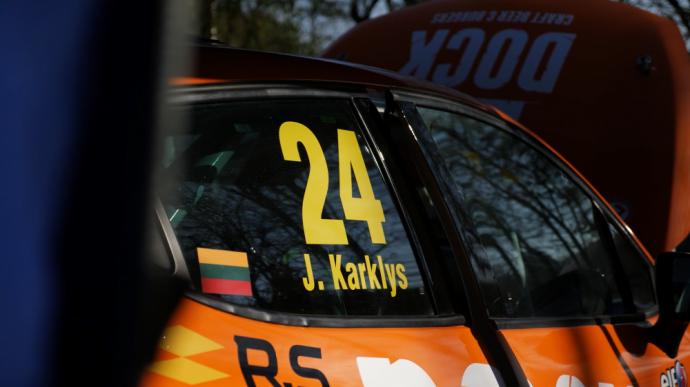 """Jonas Karklys """"Renault Clio Central Europe"""" žiedinių lenktynių čempionate"""