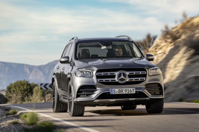 "Naujos kartos ""Mercedes Benz GLS"" visureigis"
