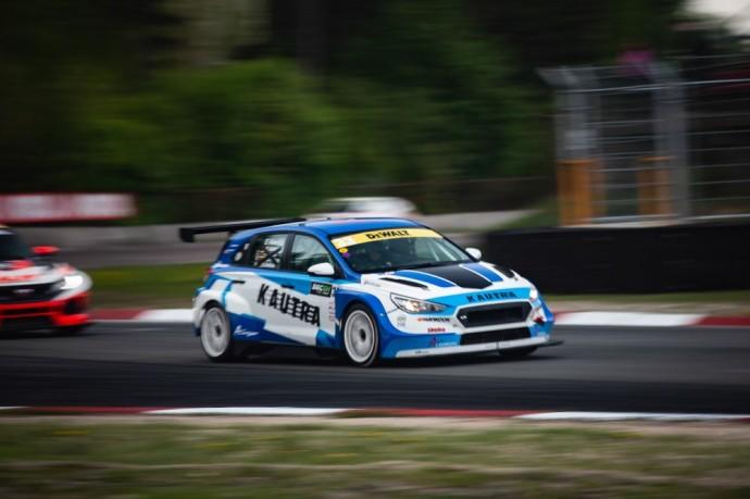 Akimirka iš TCR Baltic lenktynių