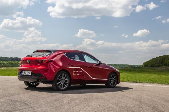 Naujos kartos Mazda 3