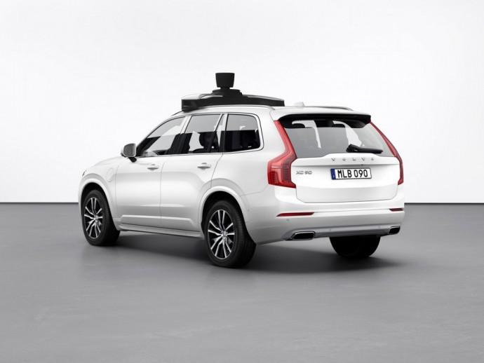 Uber autonominis Volvo XC90