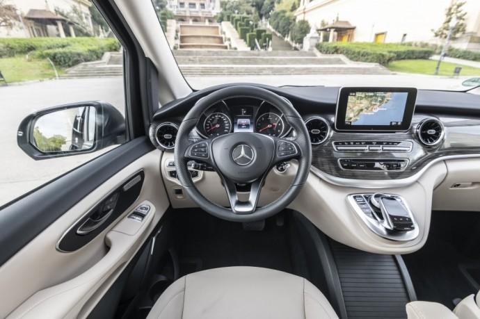Mercedes Benz V klasės interjeras