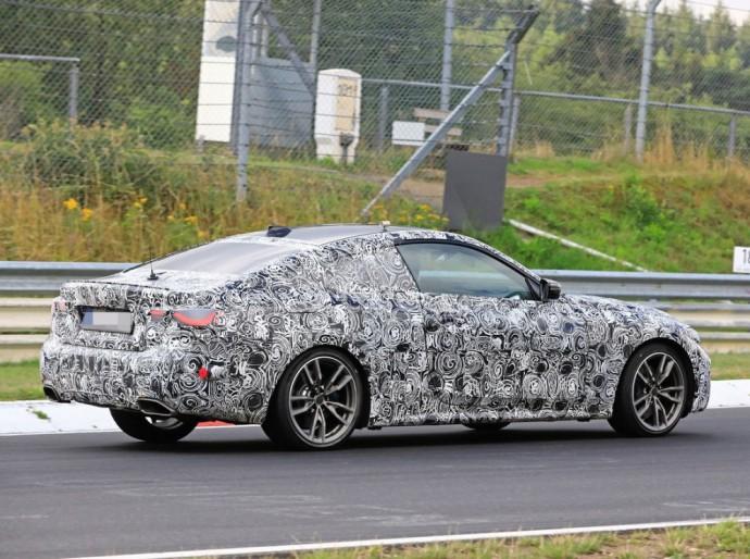 Naujos kartos BMW 4 serija