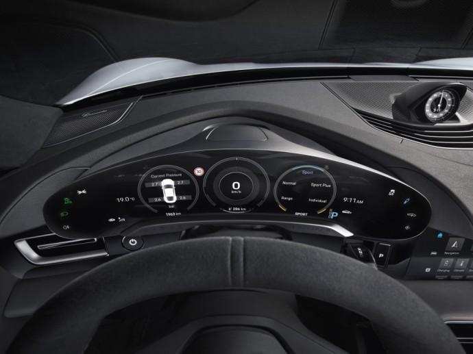 Porsche Taycan interjeras