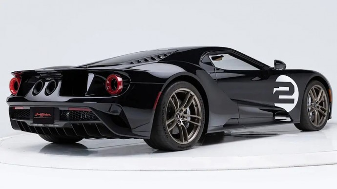 Ford GT'66 Heritage Edition