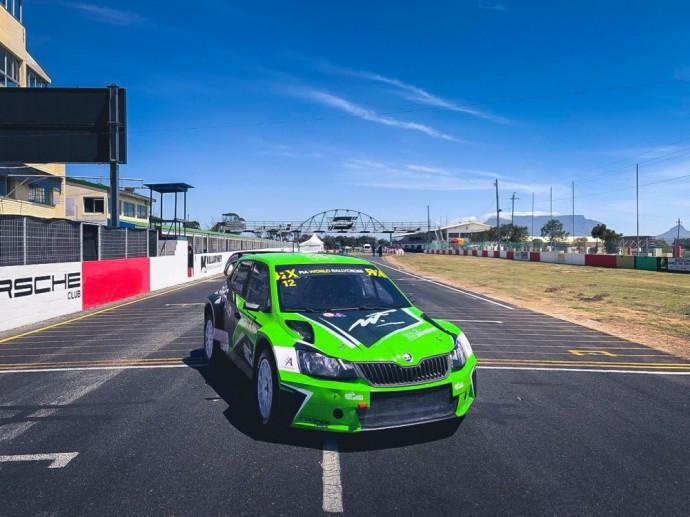 """ES Motorsport"" komandos automobilis"