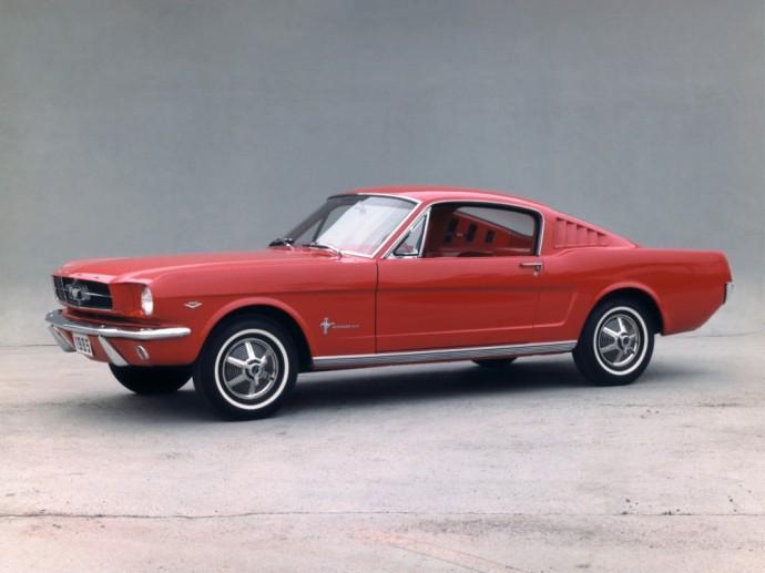 Pirmos kartos Ford Mustang Fastback