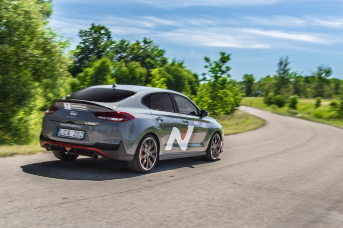 Hyundai i30 Fastback N testas