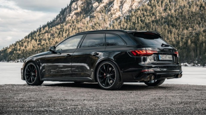 ABT patobulintas Audi RS4 universalas