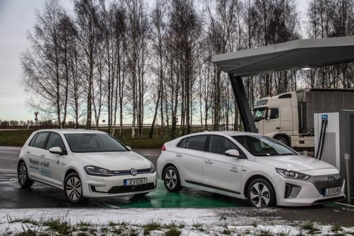 Volkswagen e-Golf ir Hyundai Ioniq