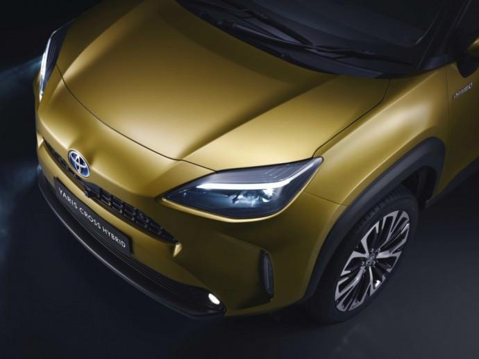Kompaktiškas krosoveris - Toyota Yaris Cross