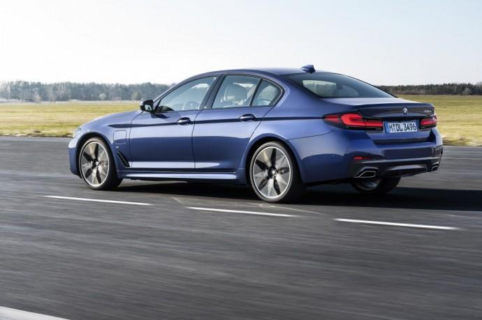 Atnaujinta BMW 5 serija