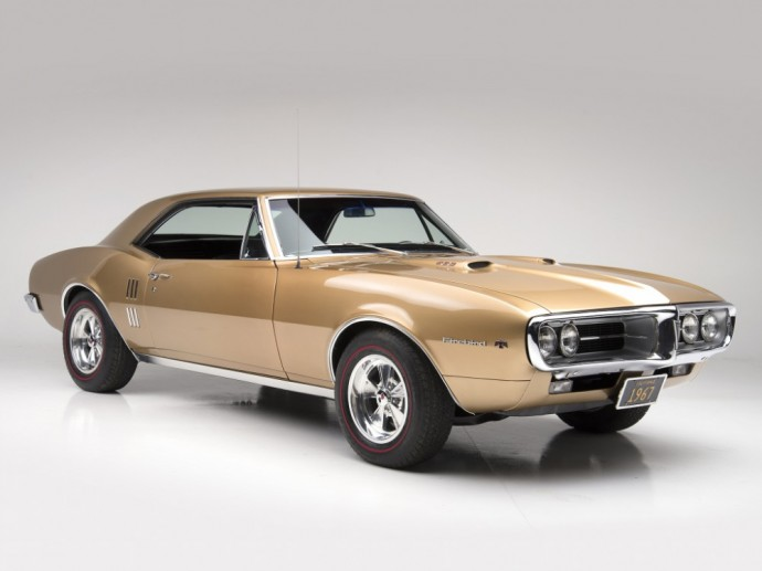 Pirmos kartos Pontiac Firebird