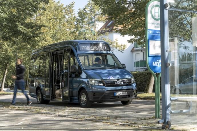 """""""Altas Auto"""" ir """"Elinta Motors"""" Elektrinio autobuso prototipas"""