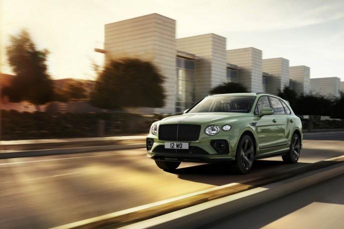 """Atnaujintas """"Bentley Bentayga"""" visureigis Lietuvoje pasirodys kitąmet"""