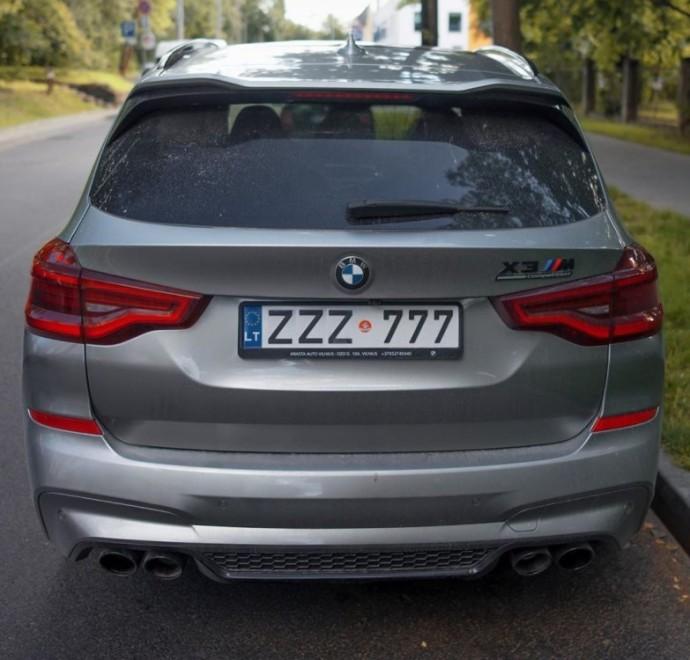 Vilniuje užfiksuotas BMW X3M Competition