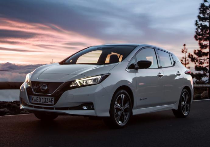 Elektrinis Nissan Leaf