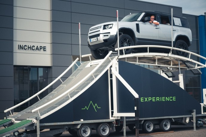 """""""Land Rover Experience"""" turas"""