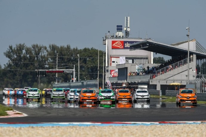 """Central Europe Renault Clio Cup"" pirmenybės"