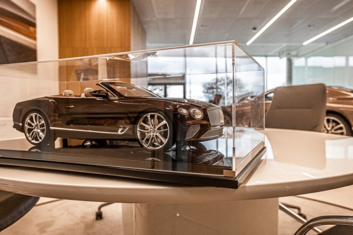 Bentley salonas Vilniuje