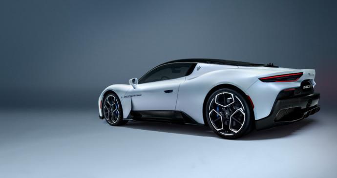 Maserati MC20 superautomobilis