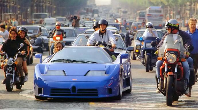 Bugatti EB110 superautomobilis