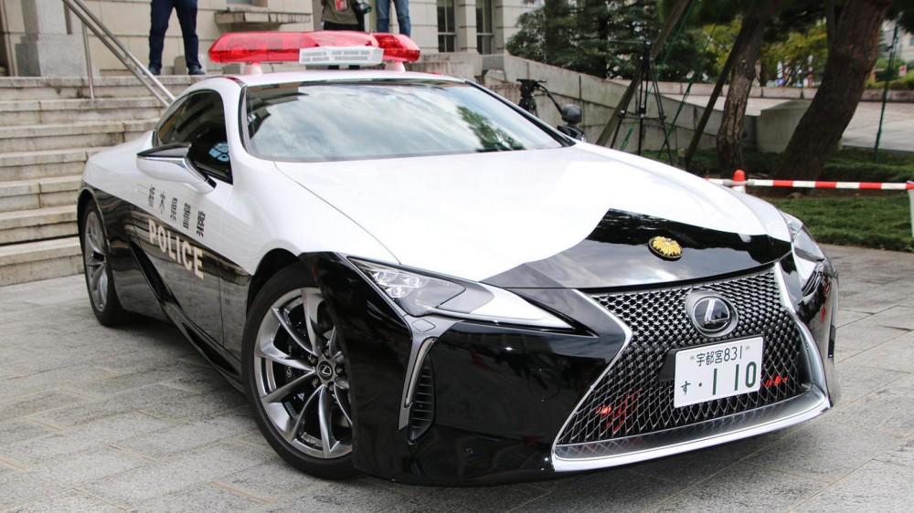 """Lexus"" prisijungs prie ""Nissan GT-R"""