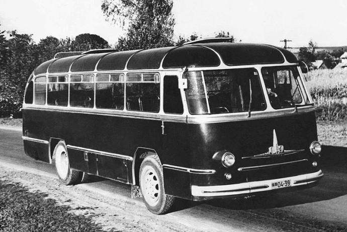 LAZ-695 Lvov (1956)