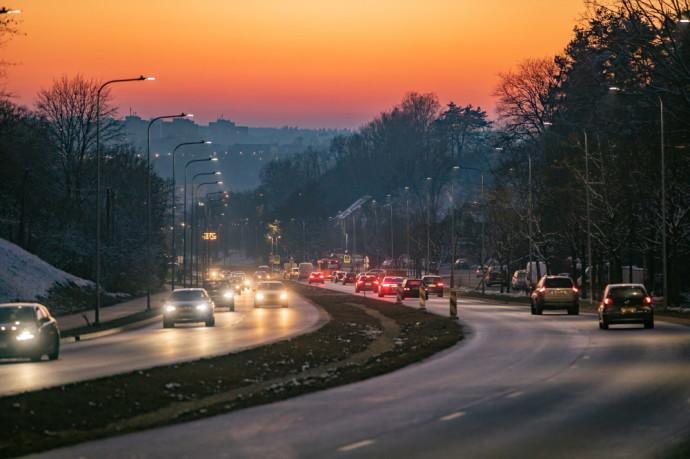 Vilniuje atnaujinta per Naujosios Vilnios ir Rasų seniūnijas 7 km besidriekianti S. Batoro gatvės dalis – nuo Drujos iki Dūmų gatvės.