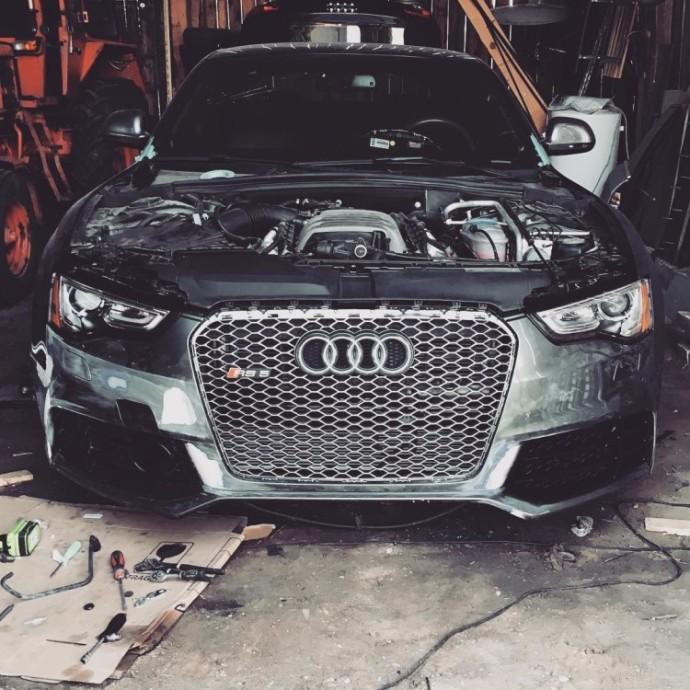 Garaže stovinti Audi A5