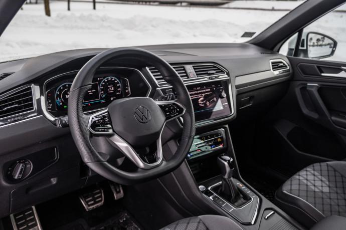Atnaujintas Volkswagen Tiguan R-Line