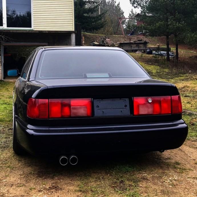 Modifikuota Audi A6 C4