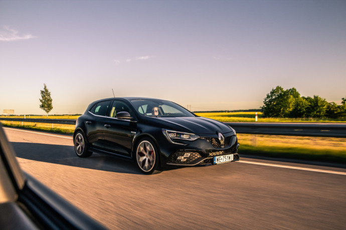 Renault Megane R.S Trophy and Hyundai i30 Fastback N review