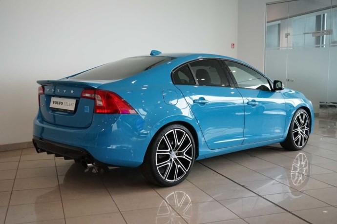 "Automanų skelbimai: ""Volvo S60 Polestar"": Švediškas ""BMW M3""? Na, ne visai"