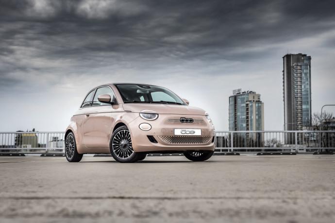 Elektrinis Fiat 500