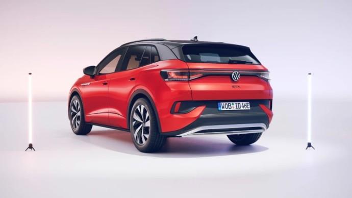 Sportiškas elektromobilis - Volkswagen ID.4 GTX