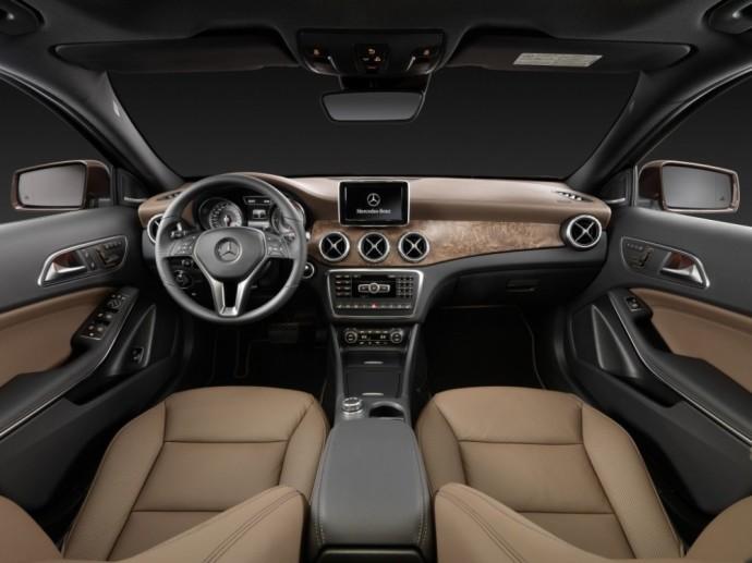 """Naudotas """"Mercedes-Benz GLA"""": Visureigis, kurio prošvaisa mažesnė už eilinio hečbeko"""