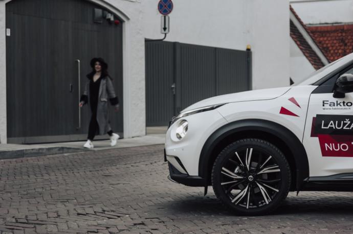 """""""Nissan Juke"""", po kurio pasirodymo mažieji miesto krosoveriai tapo vienu iš populiariausių pirkėjų pasirinkimų."""