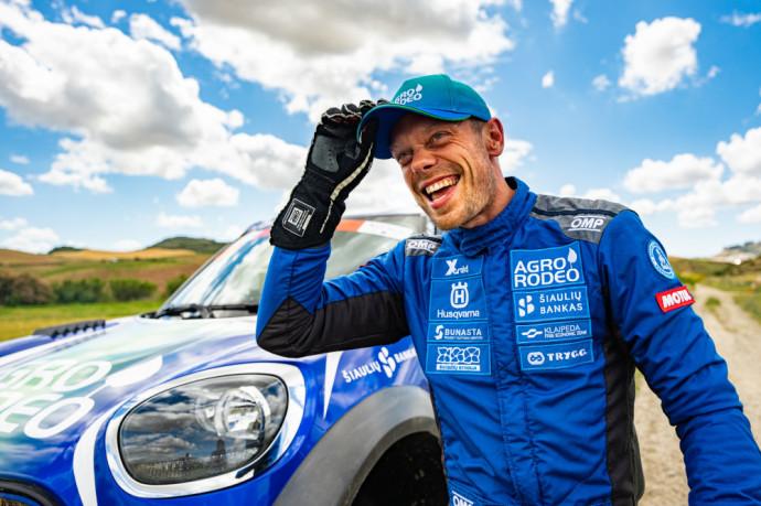 """Pasiekęs paskutiniojo """"Andalucia Rally"""" greičio ruožo finišą V. Žala neslėpė, kad šios varžybos buvo kur kas didesnis iššūkis nei tikėjosi"""